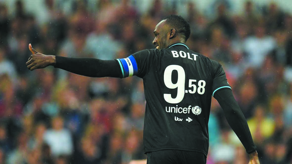 Usain Bolt va se lancer dans une carrière de footballeur en Australie
