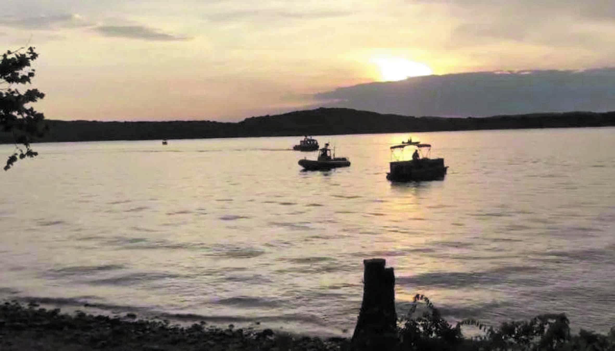 Un naufrage fait au moins 11 morts sur un lac du Missouri