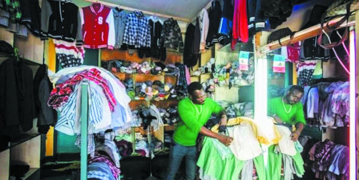 La guerre commerciale du Rwanda sur les vêtements d'occasion