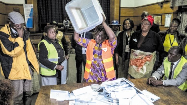 Victoire écrasante du parti au pouvoir aux législatives zimbabwéennes