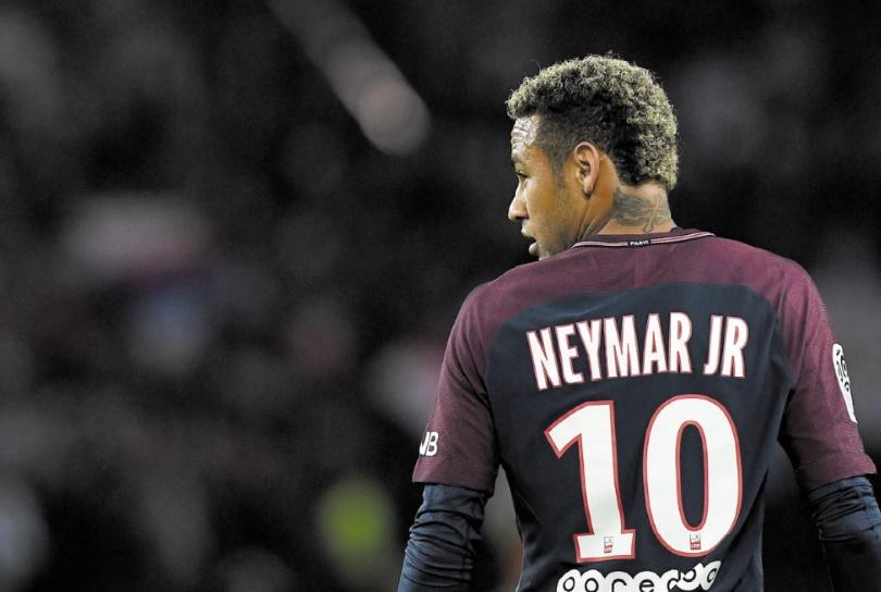 L'An I de Neymar au PSG : Entre telenovela mondiale et déceptions sportives
