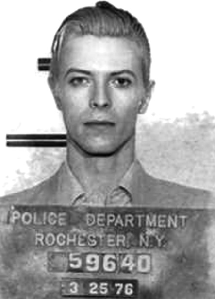 Quand les stars se font tirer le portrait en prison !  David Bowie
