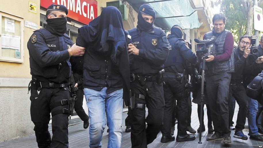 Des Marocains pris dans la nasse jihadiste en Catalogne