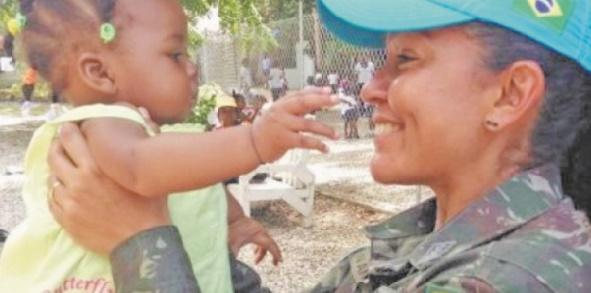 Une femme placée à la tête d'une base militaire de la MINURSO