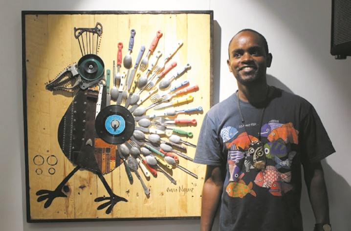 Evans Ngure, l'artiste kényan qui offre une seconde vie aux déchets