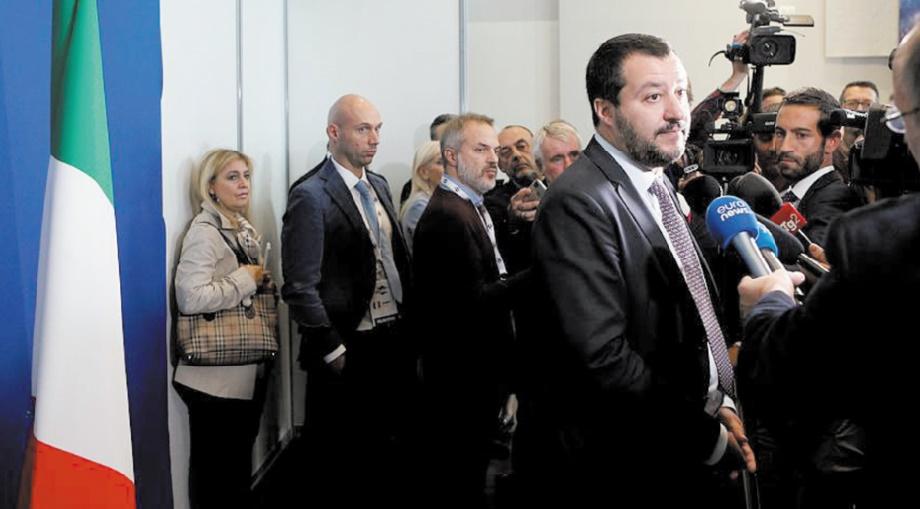 Salvini estime qu'il a de plus en plus de soutien en Europe sur la question migratoire