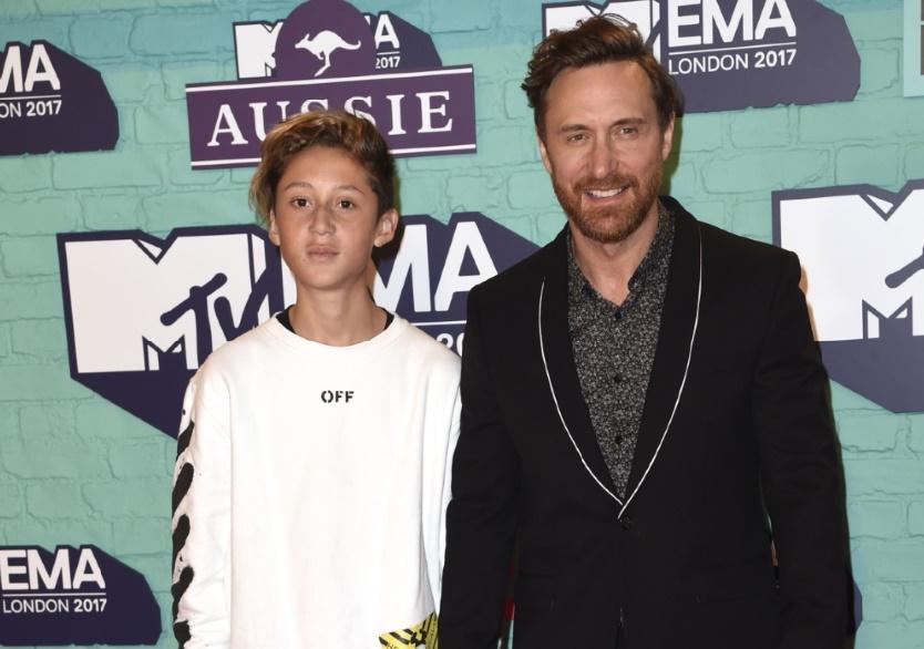 Pourquoi David Guetta passe plus de temps avec ses enfants
