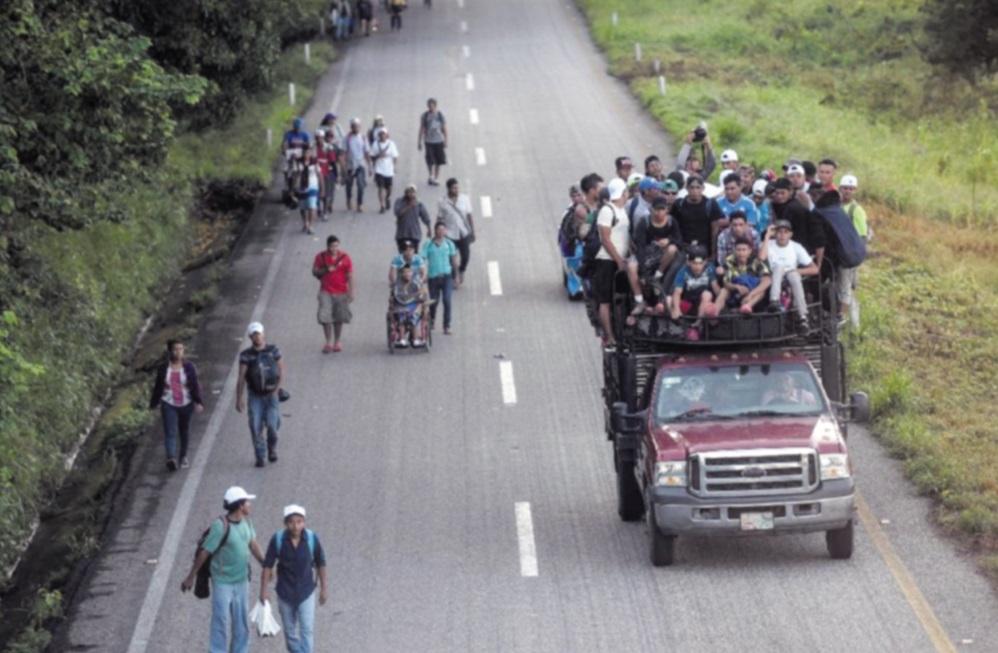 Trump va déployer l'armée à la frontière  pour empêcher l'avancée des migrants