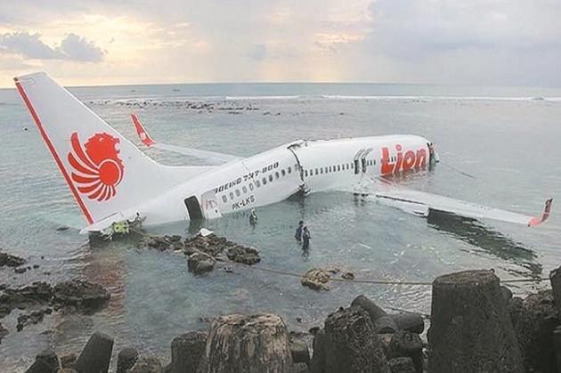 Crash d'un Boeing au large de l'Indonésie avec 189 personnes à bord