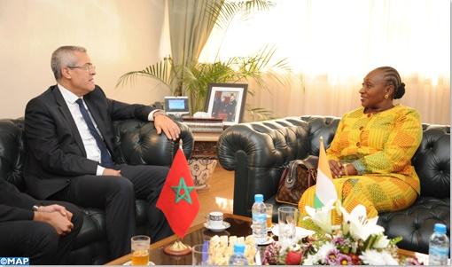 Mohamed Benabdelkader et son homologue Raymonde Michèle Goudou Coffie