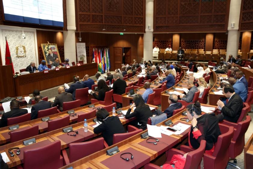 """Séminaire international sur """"Le rôle des Parlements et des Conseils économiques et sociaux et institutions similaires d'Afrique face aux nouveaux défis de la migration"""""""