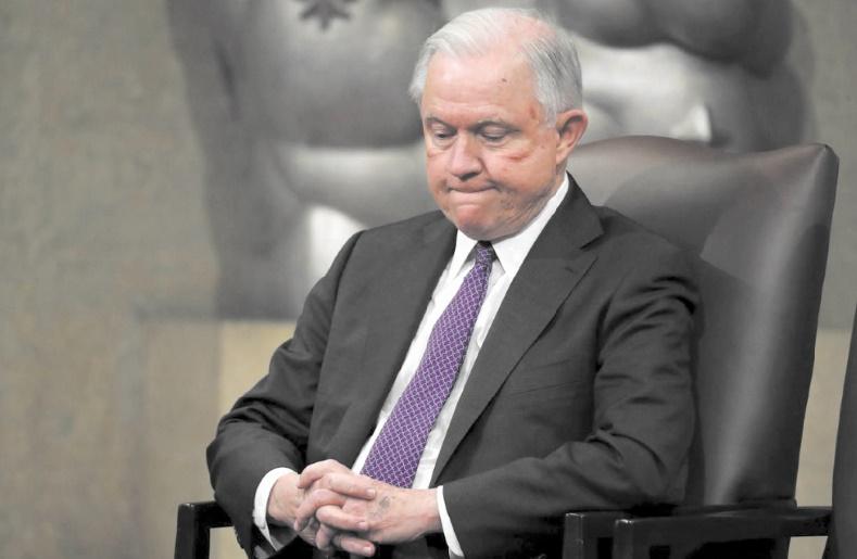Au lendemain des élections, Trump limoge son ministre de la Justice