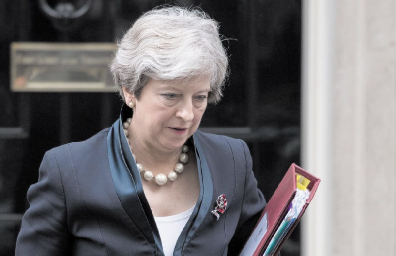 Démissions en série du gouvernement Theresa May