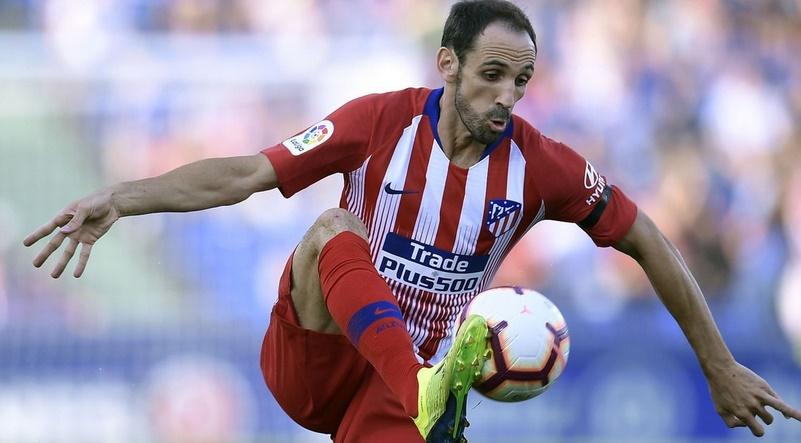 Juanfran blessé à son tour, incertain face au Barça