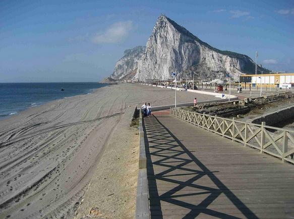 Gibraltar exaspéré d'être le Rocher dans la chaussure du Brexit