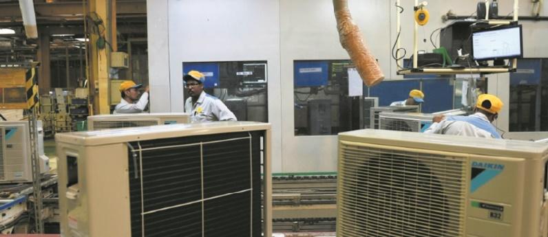 Froid dedans, plus chaud dehors : l'Inde dans le cercle vicieux des climatiseurs