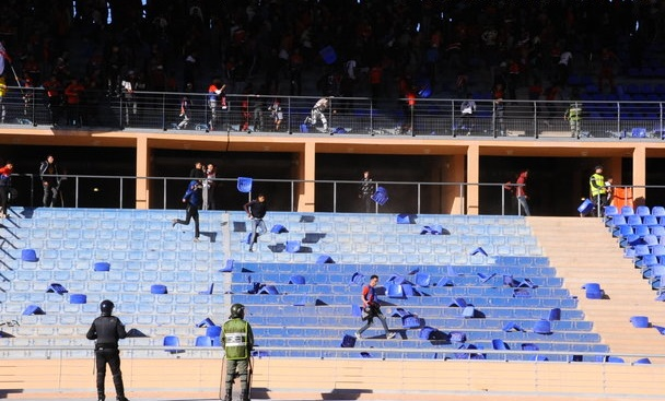 Le KACM battu à domicile : Le vandalisme du public safiot dépasse les limites