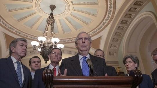 Le Sénat contredit Trump sur le retrait de Syrie