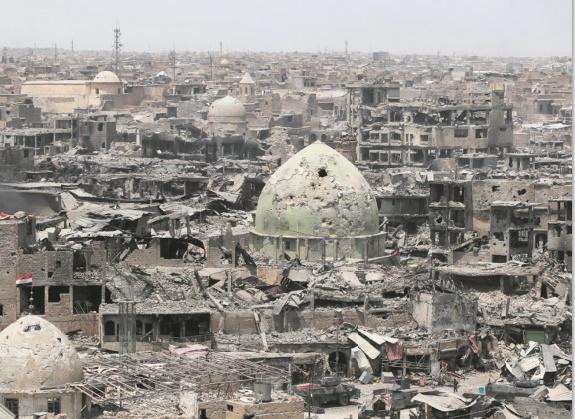 Se rappeler l'horreur, célébrer la liberté: à Mossoul, la photo en plein boom