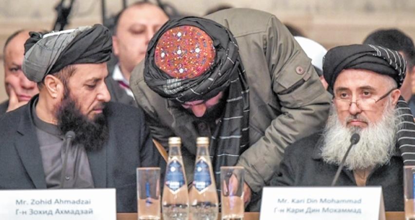 Les talibans méprisent le gouvernement afghan et imposent leur tempo diplomatique
