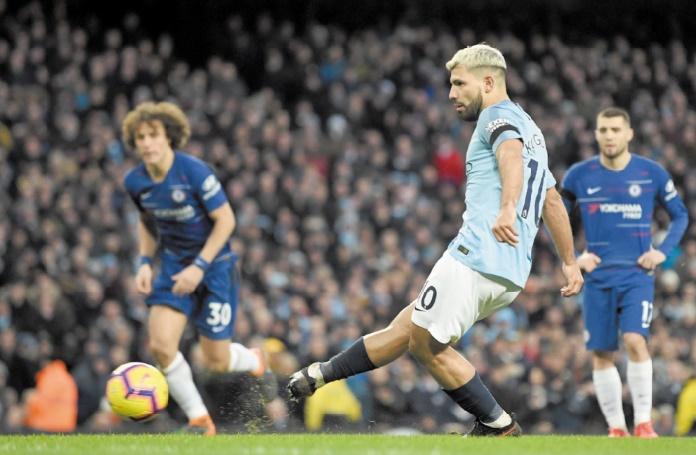 City s'offre un récital contre Chelsea et reprend la tête