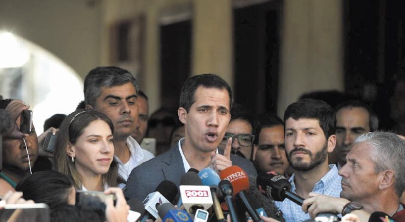 Guaido interpelle l'armée : Bloquer l'aide est un crime contre l'humanité