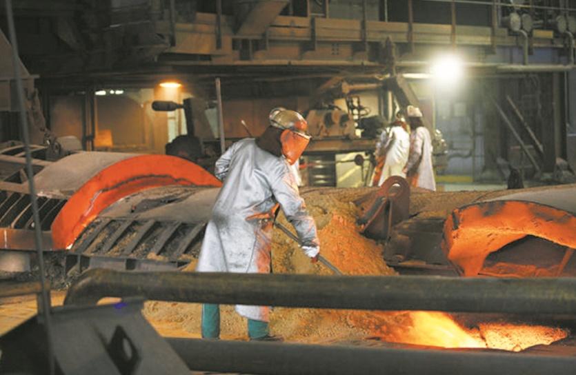 Les conditions de travail demeurent précaires à l'échelle mondiale