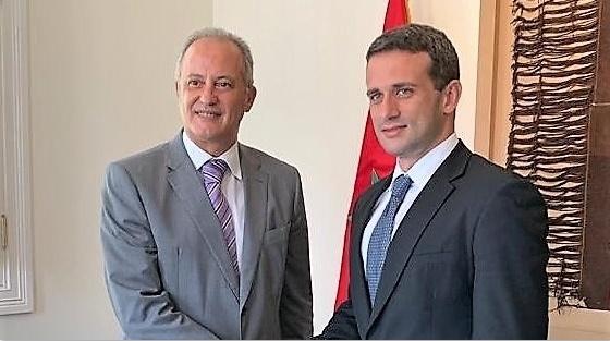L'ambassadeur du Maroc à Lima Youssef Balla et Calos Scull, représentant diplomatique de Juan Guaidó.