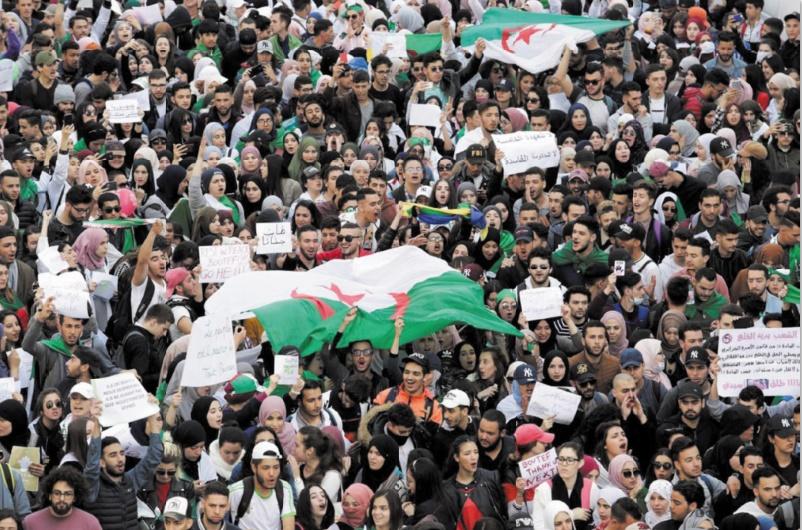 L'armée algérienne met en garde les manifestants