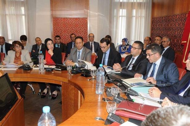 Les présidents des universités marocaines recommandent l'enseignement des matières scientifiques en français