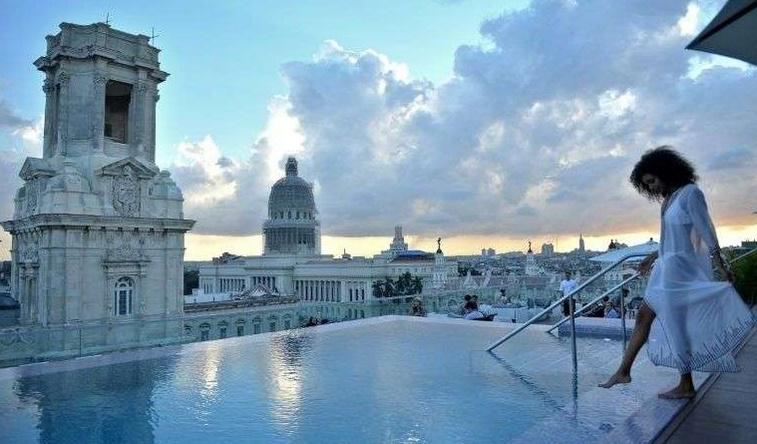 Cuba charme les touristes fortunés