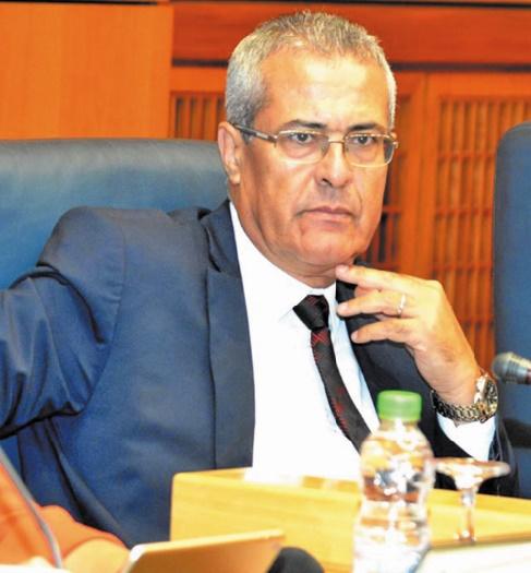 Mohamed Benabdelkader : Pour un accès facile et décent des citoyens au service public