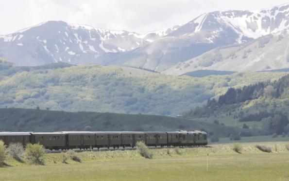 Un vieux train restauré pour voyager dans le temps