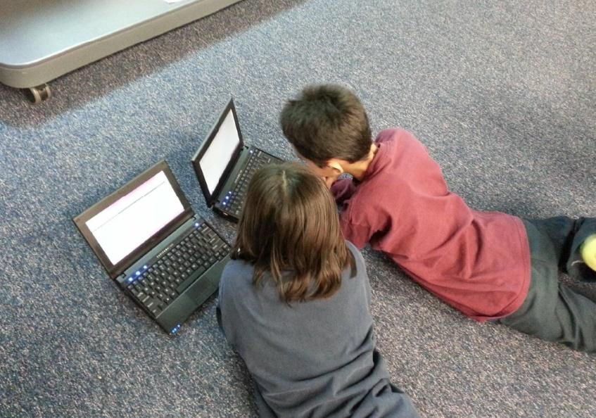 """Un """"permis numérique"""" pour sensibiliser les enfants aux risques liés à Internet"""