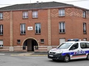 Insolite : Commissariat de police fermé