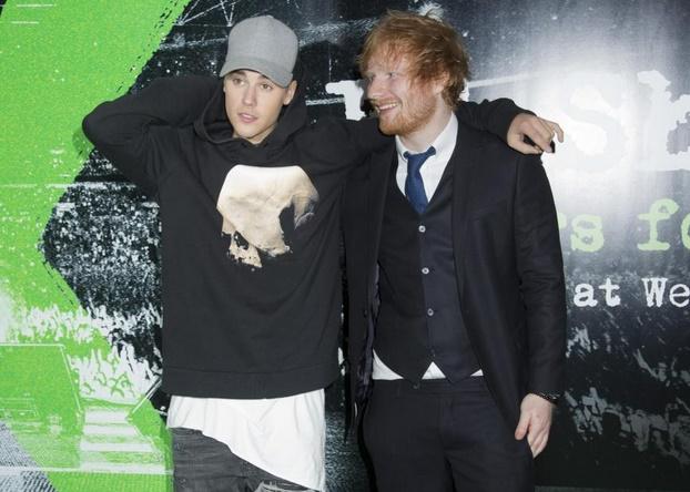 Justin Bieber et Ed Sheeran sortent un duo qui évoque les troubles psychologiques