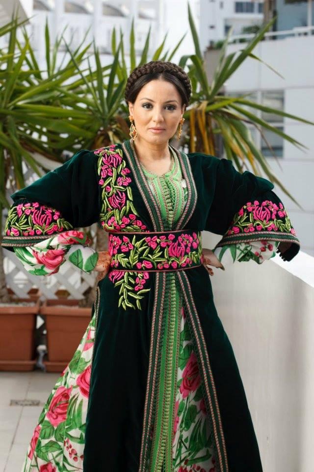 Sanaa Aakroud :  Je ne me laisserai pas dicter mes choix d'artiste par qui que ce soit