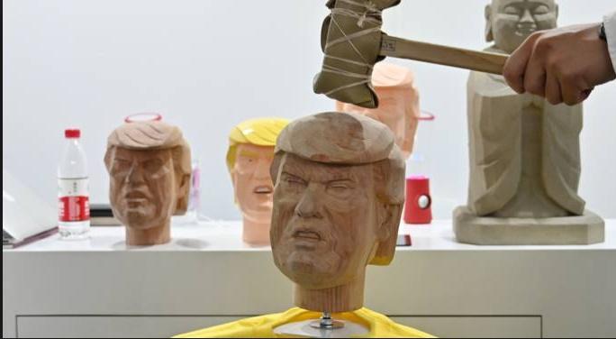 Insolite : Taper sur Trump ?