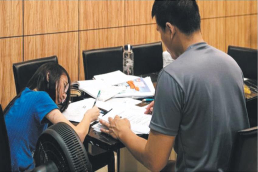 Champion mondial de l'éducation, Singapour s'inquiète pour ses écoliers sous pression
