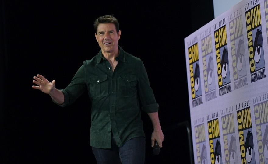 """Tom Cruise présente la bande-annonce du nouveau """"Top Gun"""""""