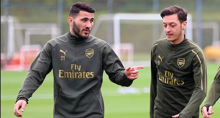 Özil et Kolasinac sont sortis indemnes d'une agression à Londres