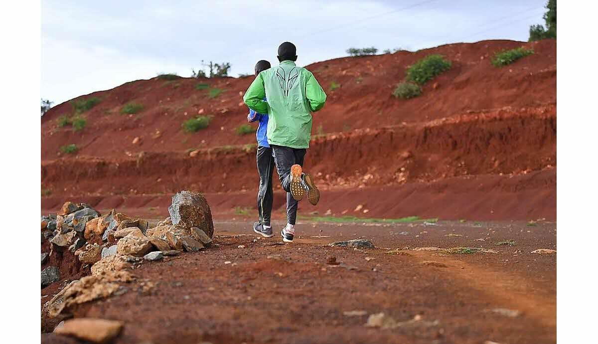 Blessé après s'être dopé à l'EPO, les regrets d'un athlète kényan