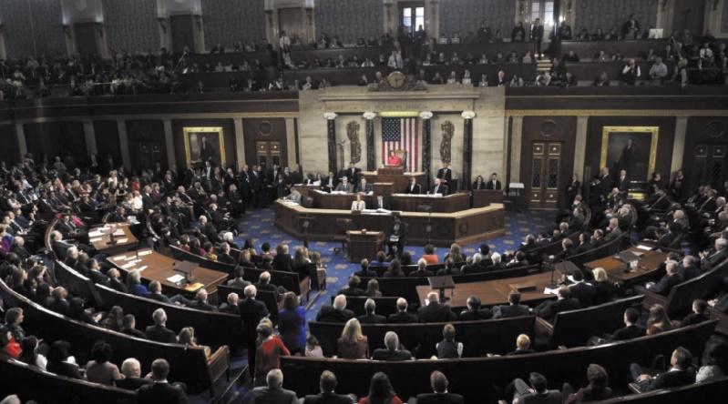 Le Congrès américain veut légiférer sur les armes, mais sans espoir de réforme majeure