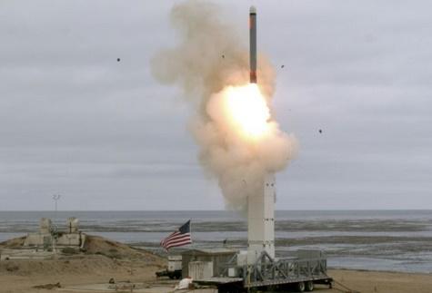 Moscou et Pékin crient à l'escalade militaire après l'essai d'un missile américain