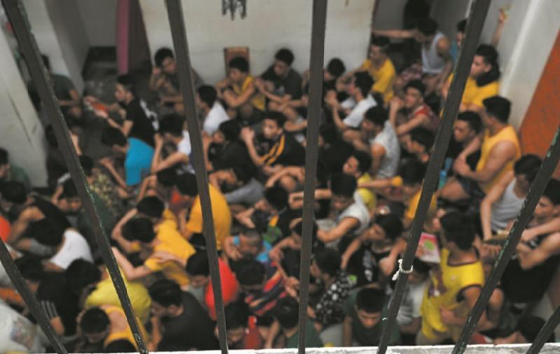 """""""Pires que la prison"""", les centres pour mineurs philippins sont le théâtre d'abus"""