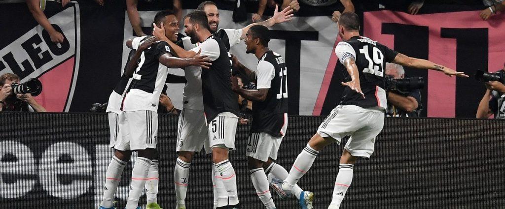 La Juventus victorieuse d'un duel fou contre Naples