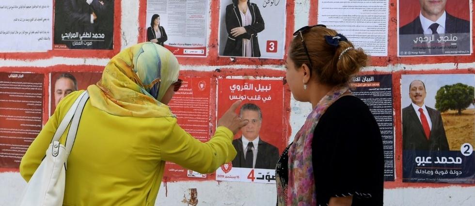 """En Tunisie, le """"sprint"""" pour organiser une présidentielle en 90 jours"""