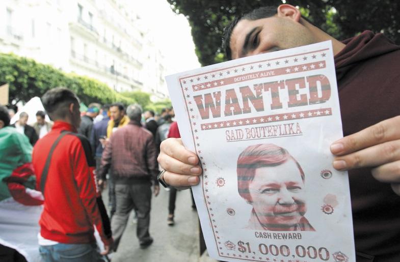 Début du procès de plusieurs personnalités algériennes dont le frère de Bouteflika