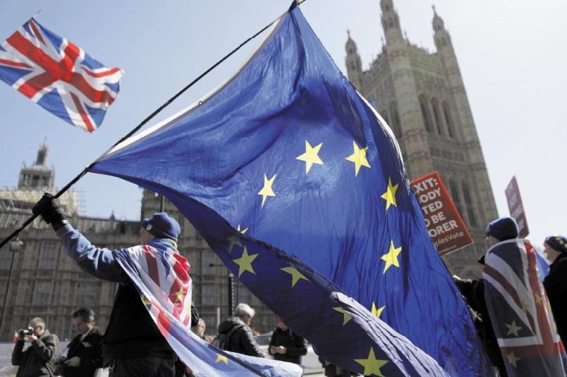 Qui parie contre la livre ? Joute politique au Royaume-Uni
