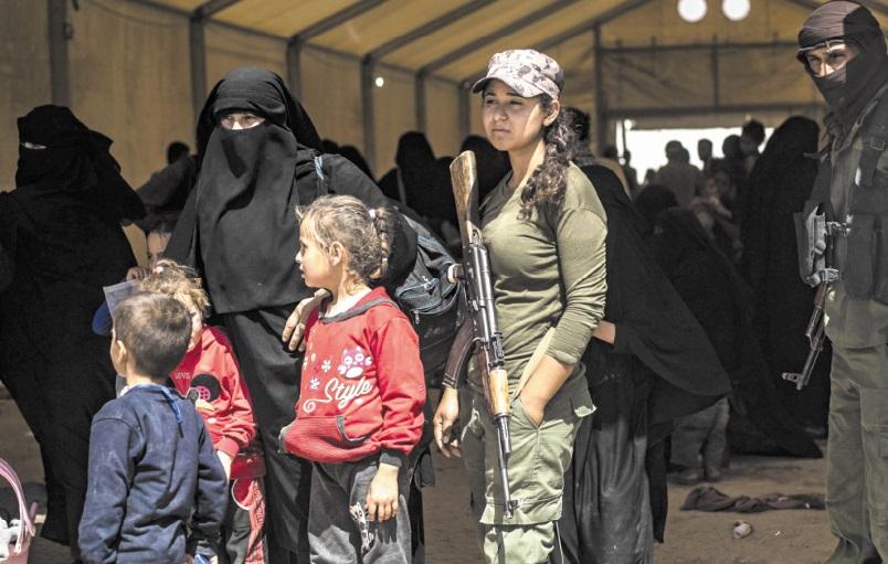 Dans un camp de Syrie, des orphelins de l'EI traumatisés pris en charge par des Kurdes démunis